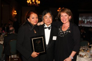 Nina in NYC with Kenro Izu and Sue Wettstein to receive the Friends of Friends Award 2009