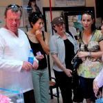 A Derek Trethewey visits paedatric hospital with friends